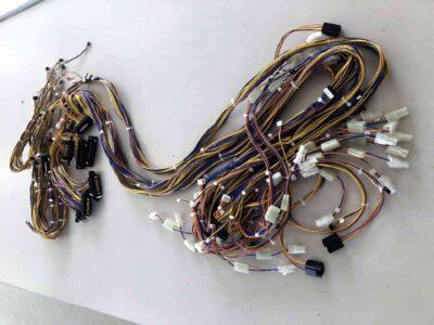 OA機器用多回路組ハーネス